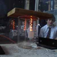 Demo of platinum-catalysed oxidation of ammonia