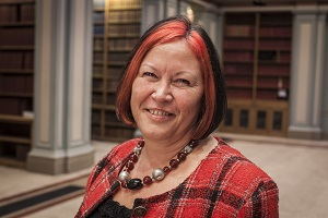 Royal Society of Chemistry President Lesley Yellowlees in the Burlington House library