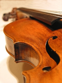Searching for the secrets to the Stradivarius sound