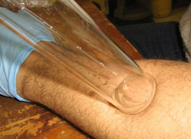 glass funnel picks up odours from skin